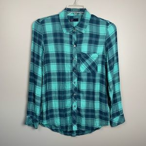 Gap Teal Plaid Button Up shirt size Small